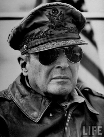 1 lj_MacArthur